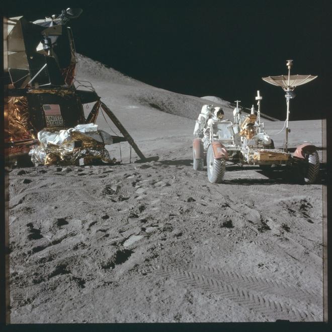 Apollo15-Moon1